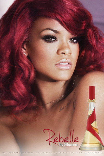 20111118 rihanna rebelle 400w Rihanna e Marketing: Ecco Rebelle, e collaborazione con Best Buy!