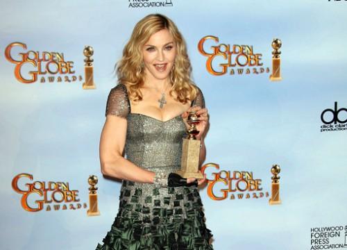 madonna golden globes winner 2012 500x360 Madonna parla di Martin Solveig, William Orbit e del Superbowl