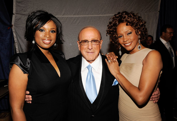 jennifer hudson clive davis whitney houston Jennifer Hudson canterà un tributo a Whitney questa sera ai Grammy Awards %postname%