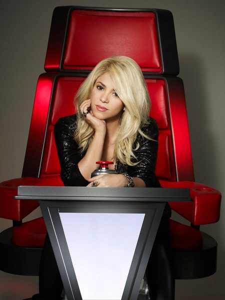 Shakira-The-Voice-Coach