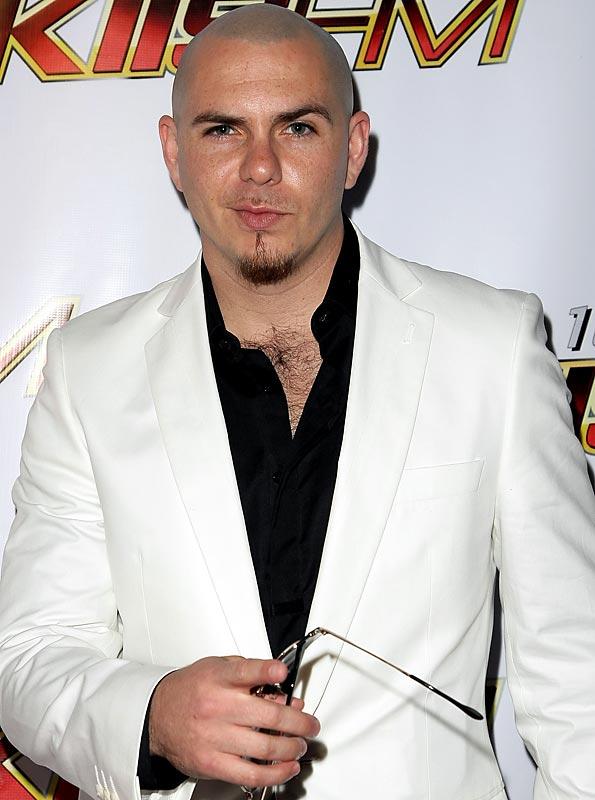 2011_pitbull_show_13032801581464