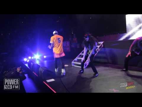 Video thumbnail for youtube video Chris Brown canta con Nicki Minaj e Sean Kingston al Powerhouse 2013