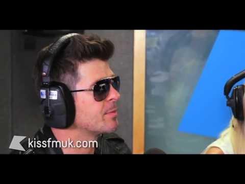 Video thumbnail for youtube video Robin Thicke : l'album Blurred Lines arriverà l'8 luglio