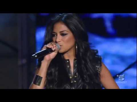 Video thumbnail for youtube video Eros Ramazzotti e Nicole Scherzinger cantano Fino All'Estasi al Music Summer Festival