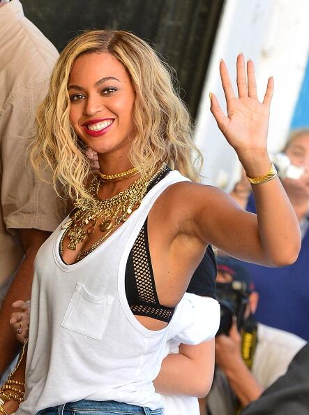 Beyonce-Coney-Island-6