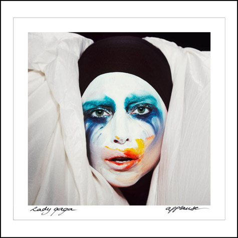 gaga-applause