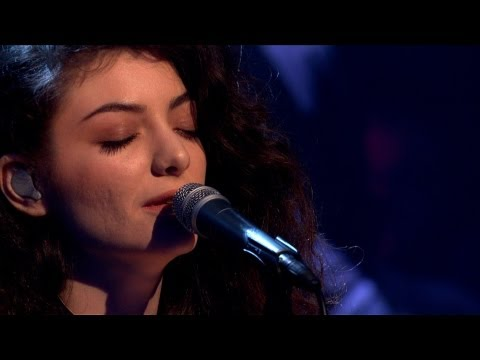 Video thumbnail for youtube video Lorde canta Royals da Later... with Jools Holland