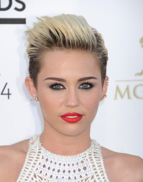 Miley-Cyrus190613