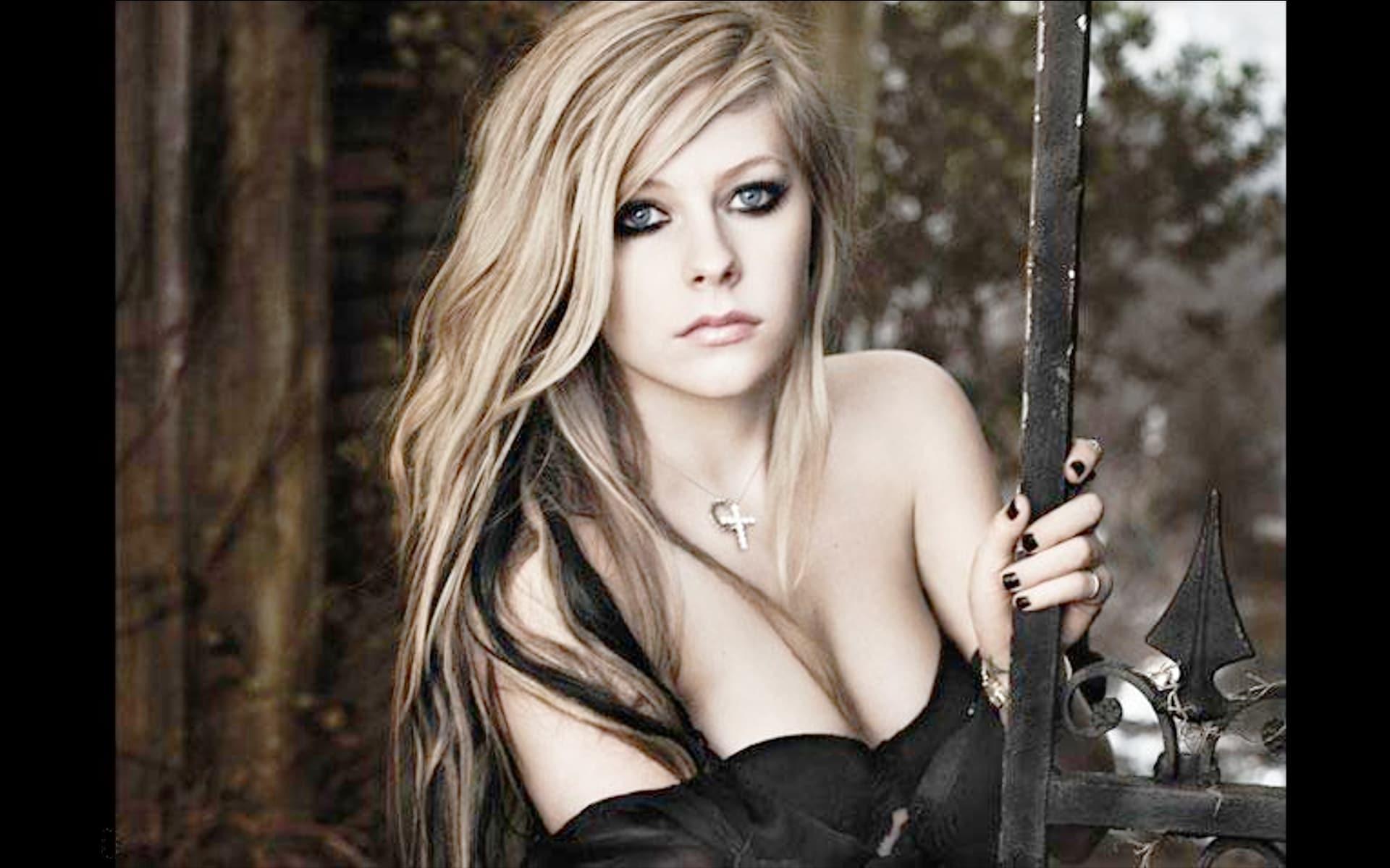 Photo of Junkquiz: quanto conosci Avril Lavigne?
