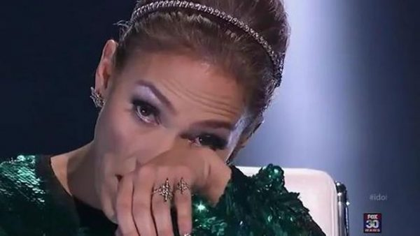 Jennifer Lopez CRIES AGAIN