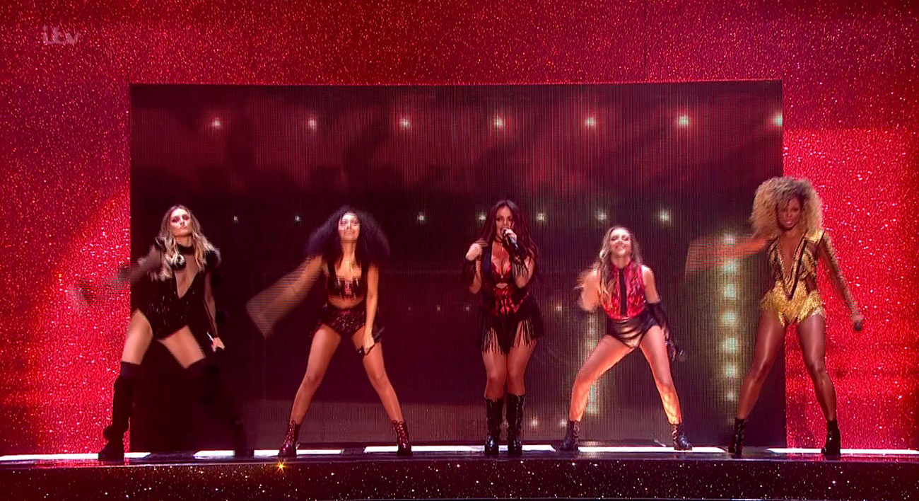Photo of OMG! Little Mix e Fleur East propongo un meraviglioso medley a X Factor!