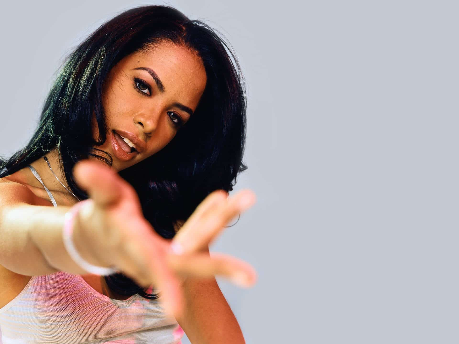 Photo of Nuova musica: Timbaland feat Aaliyah, Lauryn Hill e K Michelle