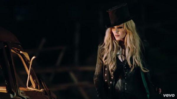 Madonna_Ghosttown001
