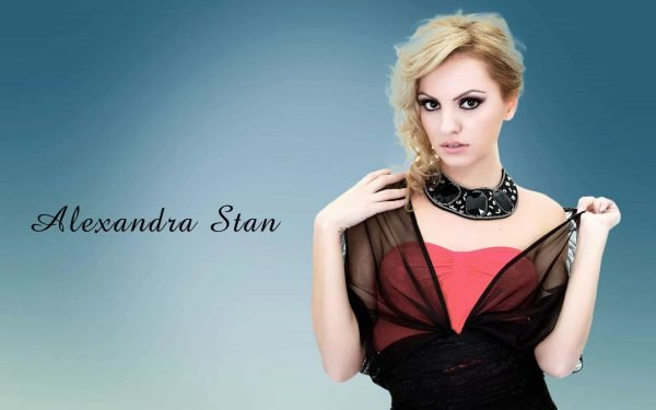 alexandra-stan-blonde-beauty-model-wallpaper-photos-background-3i228