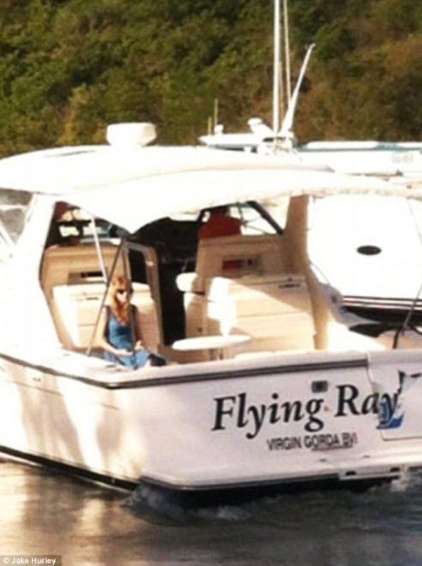 taylor swift boat