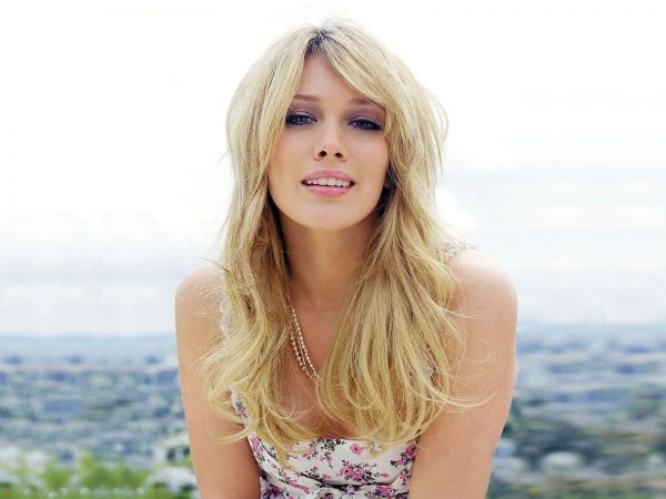 Hilary-Duff-2012-Photo