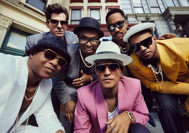 Photo of Singoli di maggior successo del 2015: Uptown Funk batte tutti