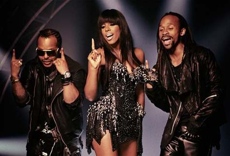 Madcon feat. Kelly Rowland – One Life