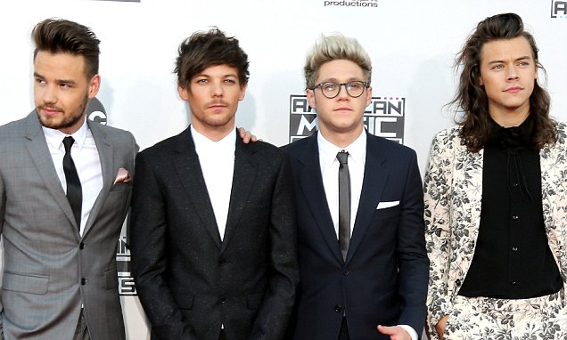 LOS ANGELES, CA - NOVEMBER 22:  Recording artists Liam Payne, Louis Tomlinson, Niall Horan and Harry Styles of One Direction arrive at the 2015 American Music Awards at Microsoft Theater on November 22, 2015 in Los Angeles, California.  (Photo by David Livingston/Getty Images)