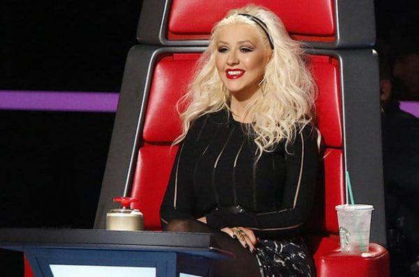christina-aguilera-the-voice-judge-chair-2015-billboard-650