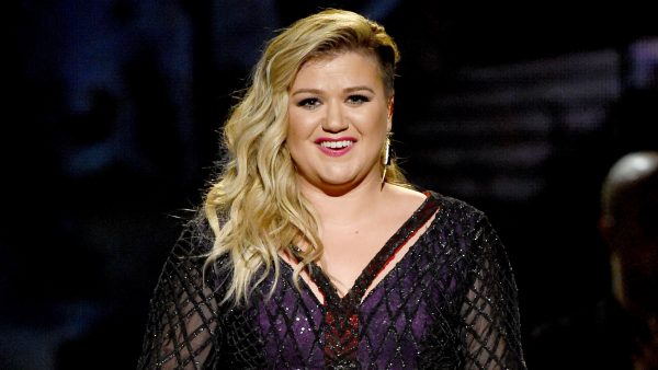 LAS VEGAS, NV - MAY 17: Singer/songwriter Kelly Clarkson performs onstage during the 2015 Billboard Music Awards at MGM Grand Garden Arena on May 17, 2015 in Las Vegas, Nevada. (Photo by Ethan Miller/Getty Images)