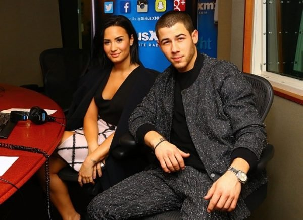 nick-jonas-and-demi-lovato-tour-package