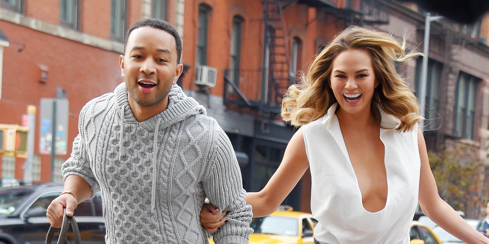 New York Ny - December 01: John Legend And Wife Chrissy Teigen Share Sighting On December 1, 2014 In New York City. (Photo By Josiah Kamau/Buzzfoto/Filmmagic)