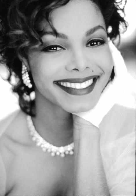 Janet-Jackson-black-white
