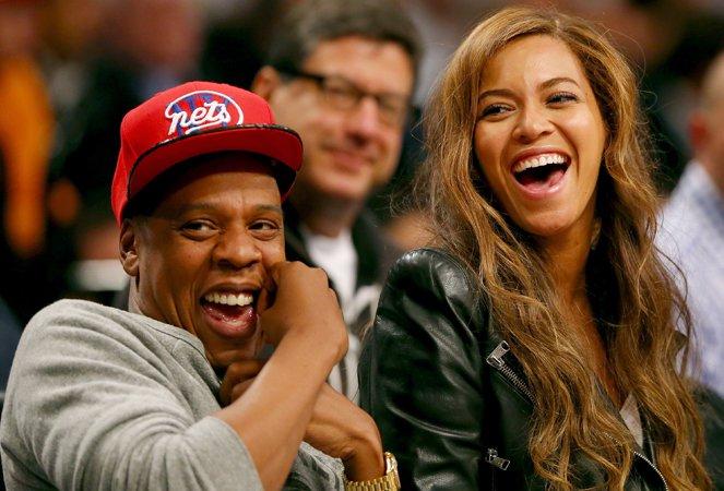 Photo of Jay Z rappa su Beyoncé, musica da JoJo, S. Dogg, W. Khalifa, T. Songz, J. McCartney e…