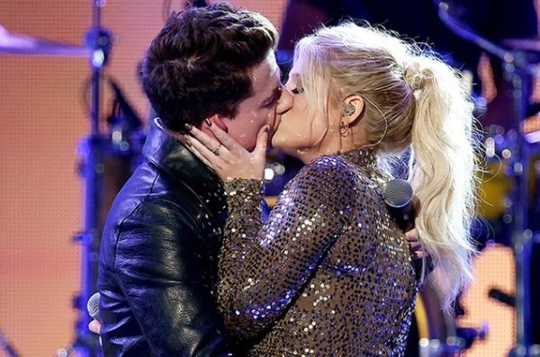 meghan-trainor-charlie-puth-kiss-make-out-amas-performance-2015-billboard-650