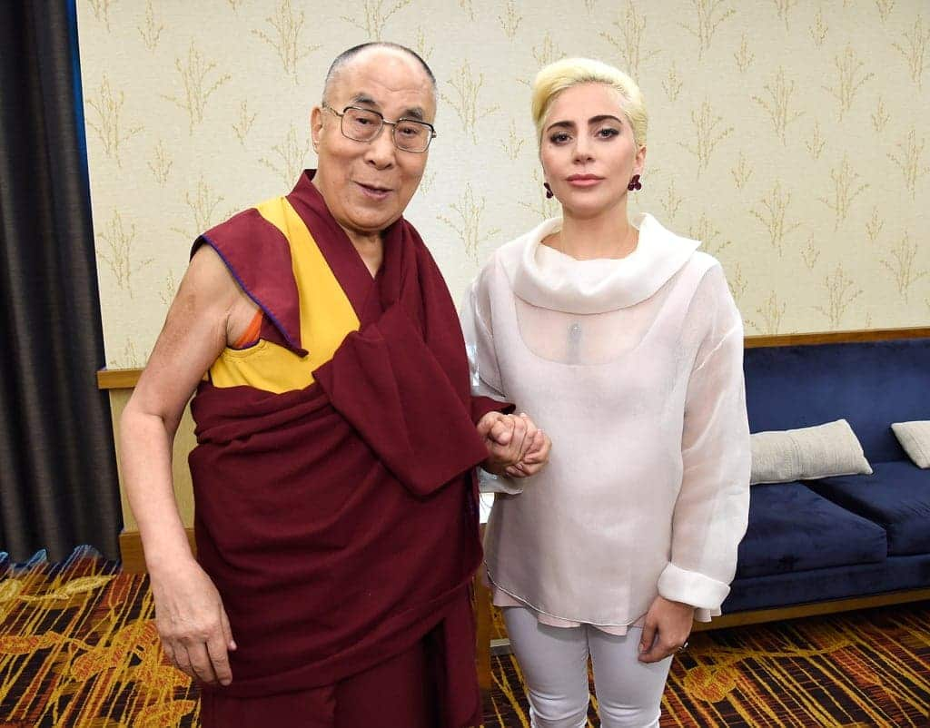 Lady-Gaga-Meets-Dalai-Lama-US-Conference-Mayors-2016
