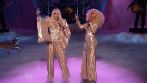 Lady-Gaga-Xtina-03-2013-12-17