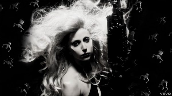 lady-gaga-born-this-way-music-video-2-jpg