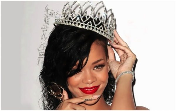Rihanna-queen-of-pop