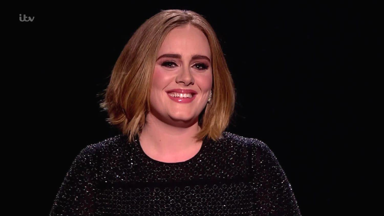 Photo of OMG! Adele è pronta a creare un joint album con una grande leggenda?