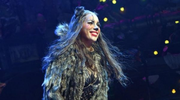 critics-claws-out-for-leona-lewis-in-cats-broadway-revival-136407675332403901-160801124024