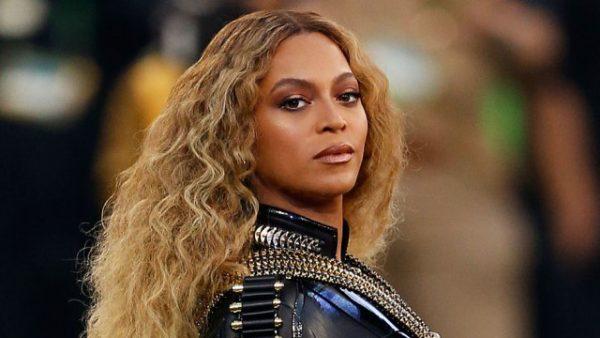 Beyonce-Super-Bowl-50