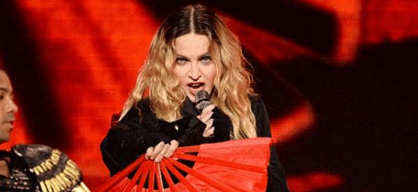 Madonna-Tour-Dvd-1D