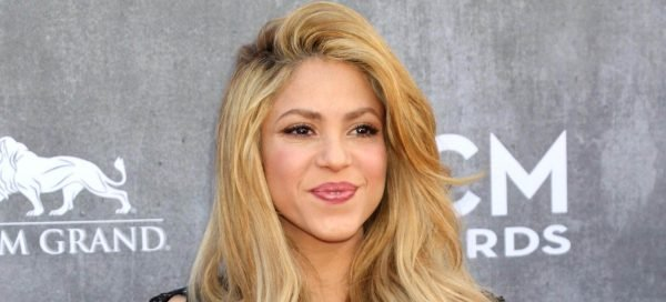 shakira video youtube
