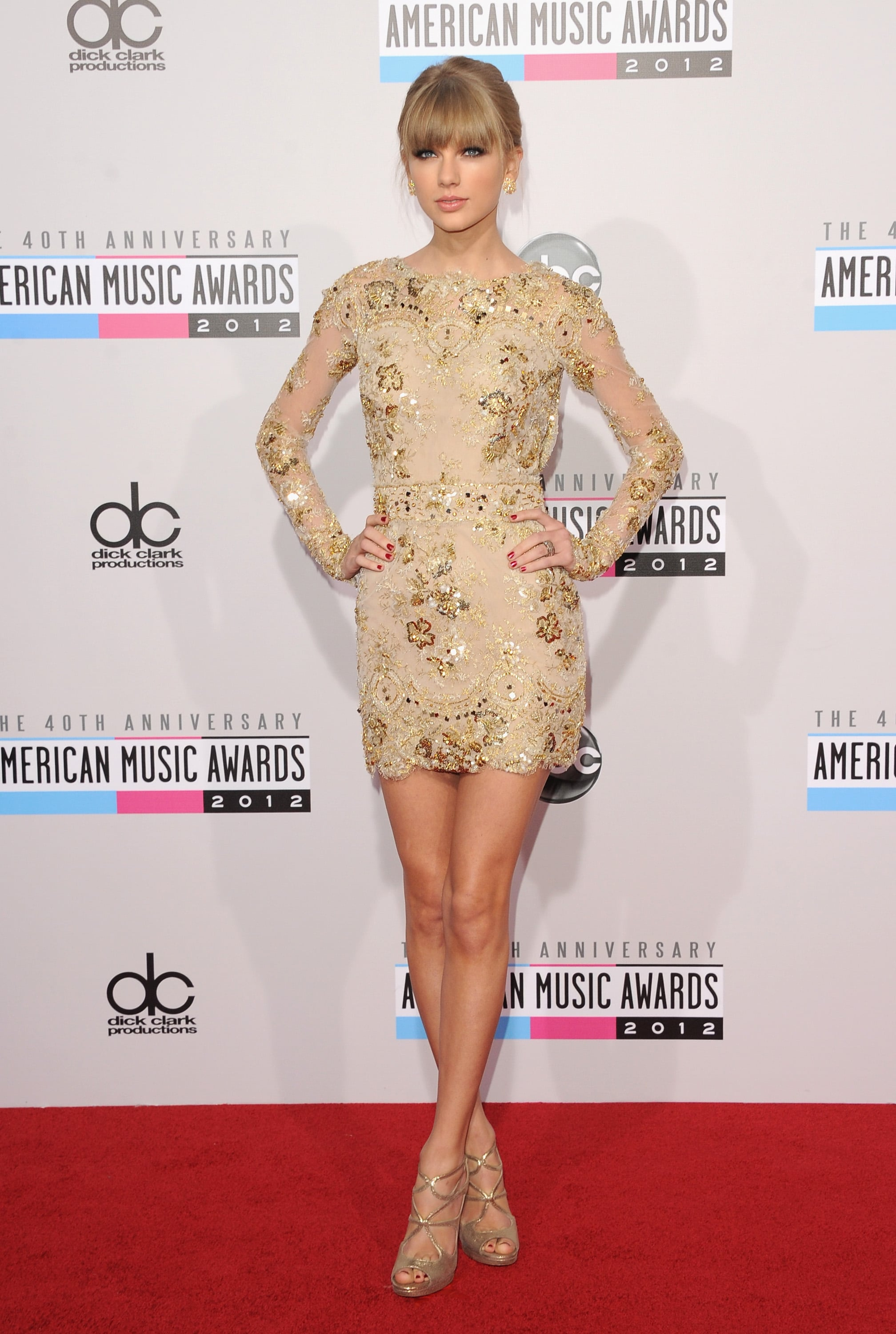 LOS ANGELES, CA - NOVEMBER 18: Singer Taylor Swift attends the 40th American Music Awards held at Nokia Theatre L.A. Live on November 18, 2012 in Los Angeles, California. (Photo by Jason Merritt/Getty Images)