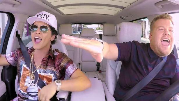 Photo of Bruno Mars al Carpool Karaoke, ecco il VIDEO completo!