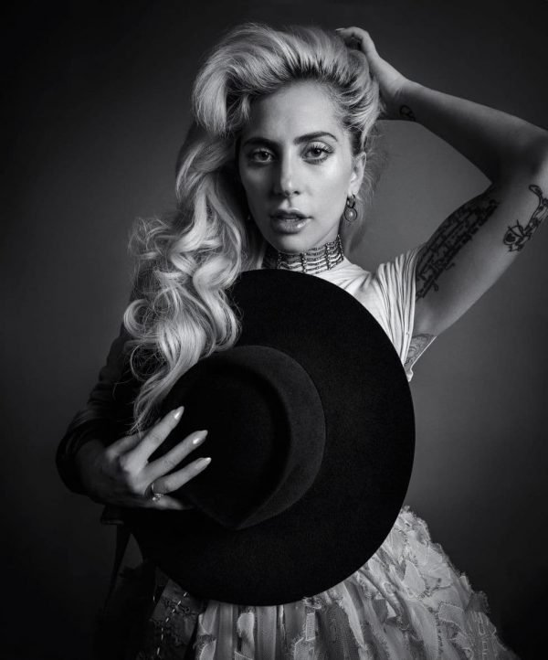 gallery-1478793851-hbz-lady-gaga-dec-jan-2017-03