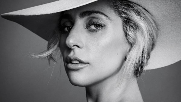 hd-aspect-1478793201-hbz-lady-gaga-dec-jan-2017-00-index2