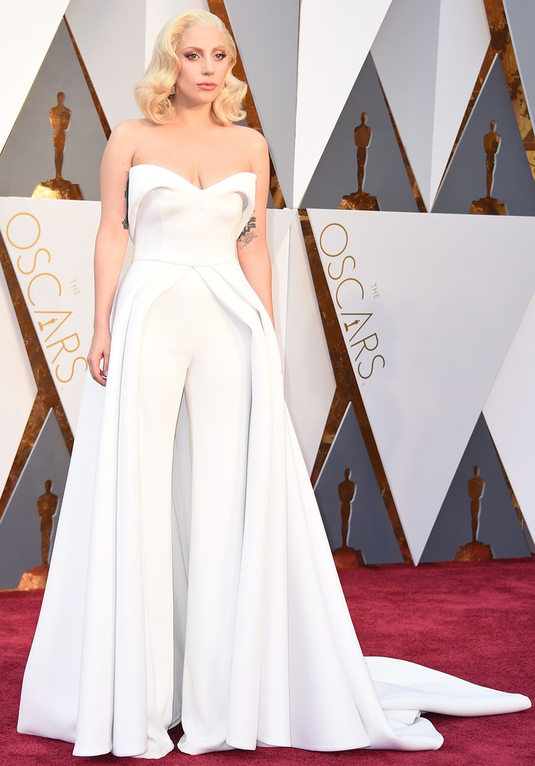 Oscars-Red-Carpet-2016-Best-Dressed-Lady-Gaga