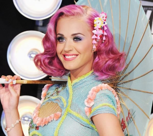 katy-perry-mtv-vmas-hair-2011-billboard-1240