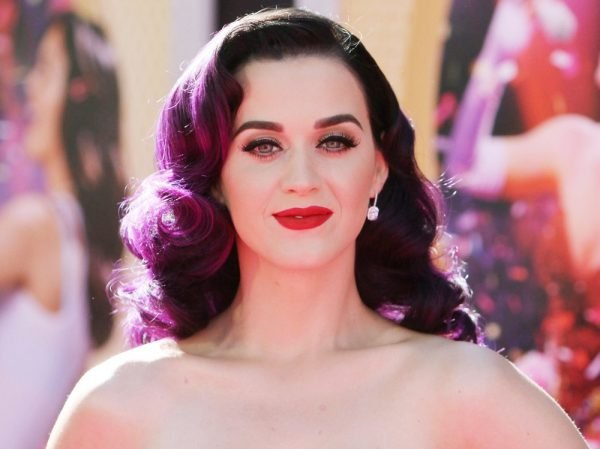 katy-perry-premiere-katy-perry-part-of-me-03