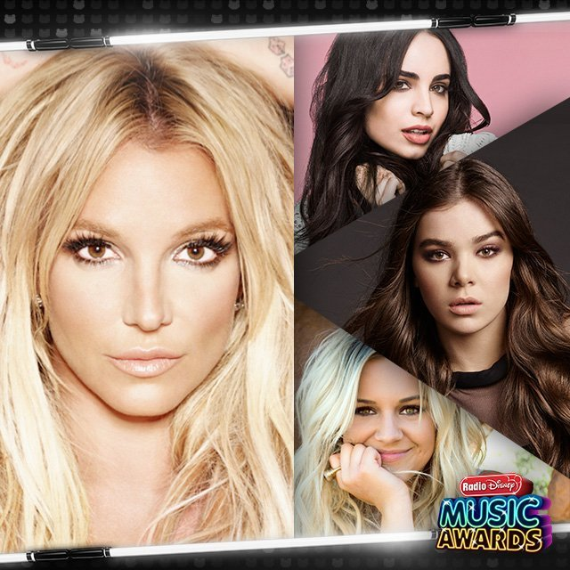 Photo of Britney Spears riceve l'Icon Award ai RDMA + medley-tributo (VIDEO)