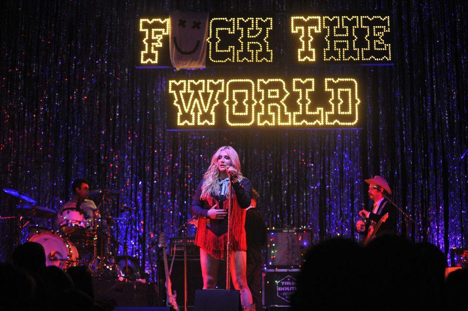 Photo of Kesha ha pronte 70 nuove canzoni: a breve il suo ritorno!