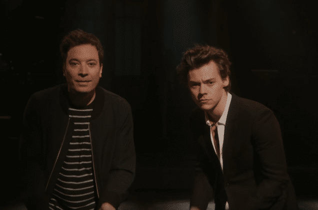 """Photo of Harry Styles al SNL: """"Sign of the Time"""" & """"Ever Since New York"""" (VIDEO)"""