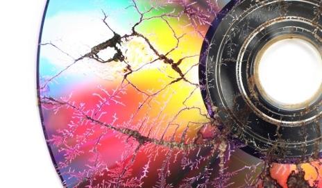 broken-cd_shutterstock_59471530